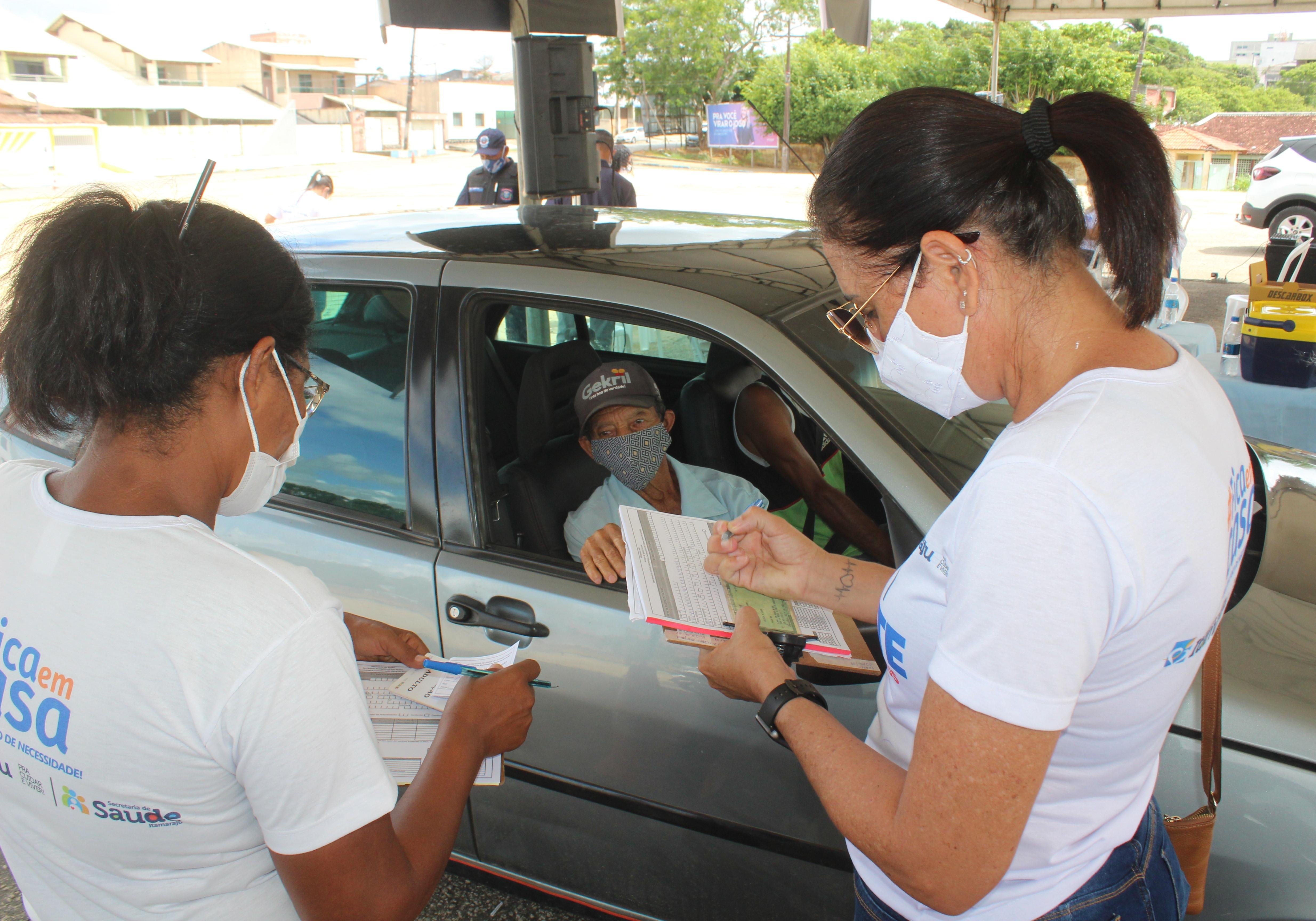 2ª Edição do Drive Thru de Vacinação é realizado através da Prefeitura de Itamaraju