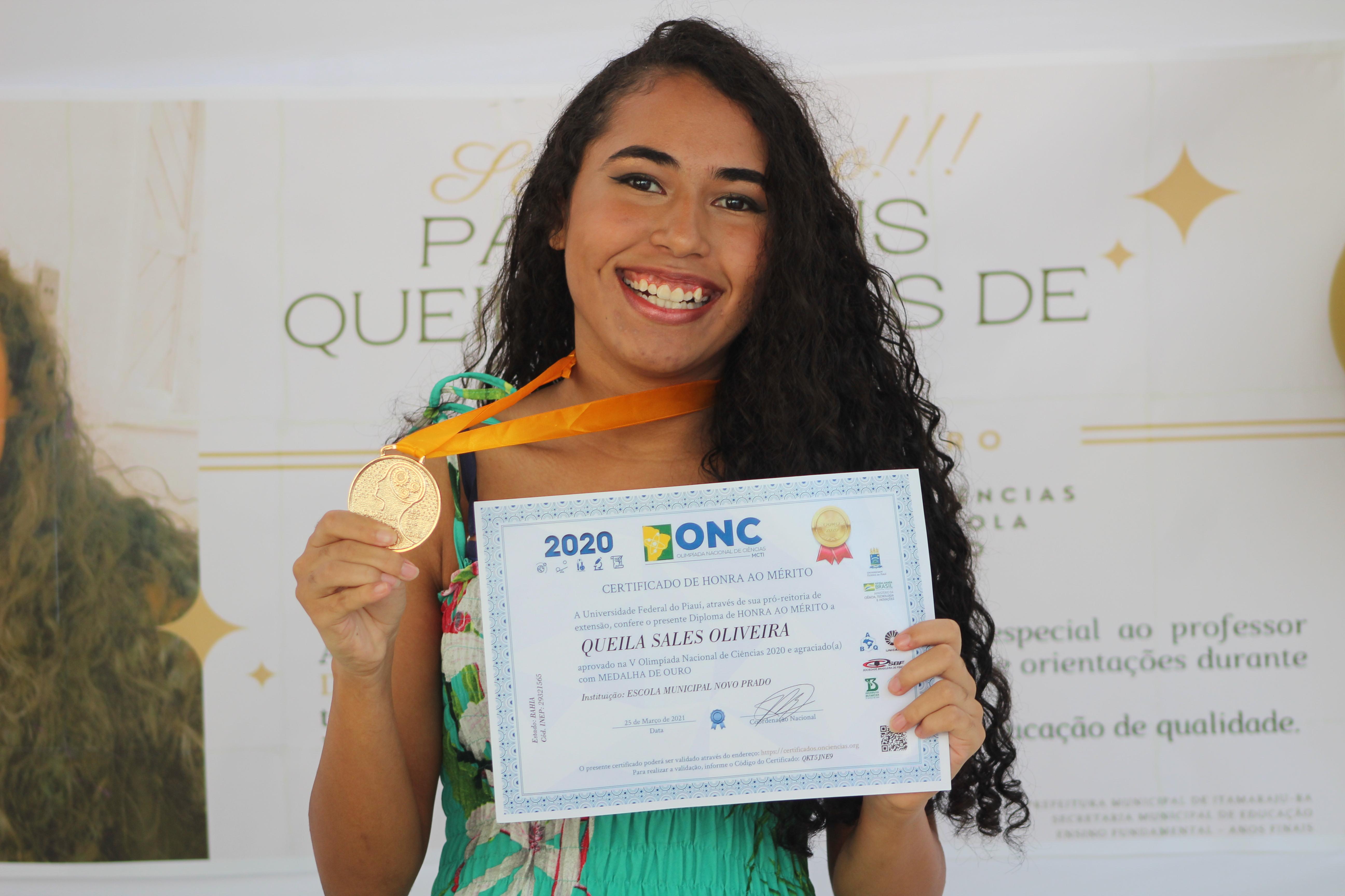 Estudante de Itamaraju é premiada com medalha de ouro na Olimpíada Nacional de Ciências