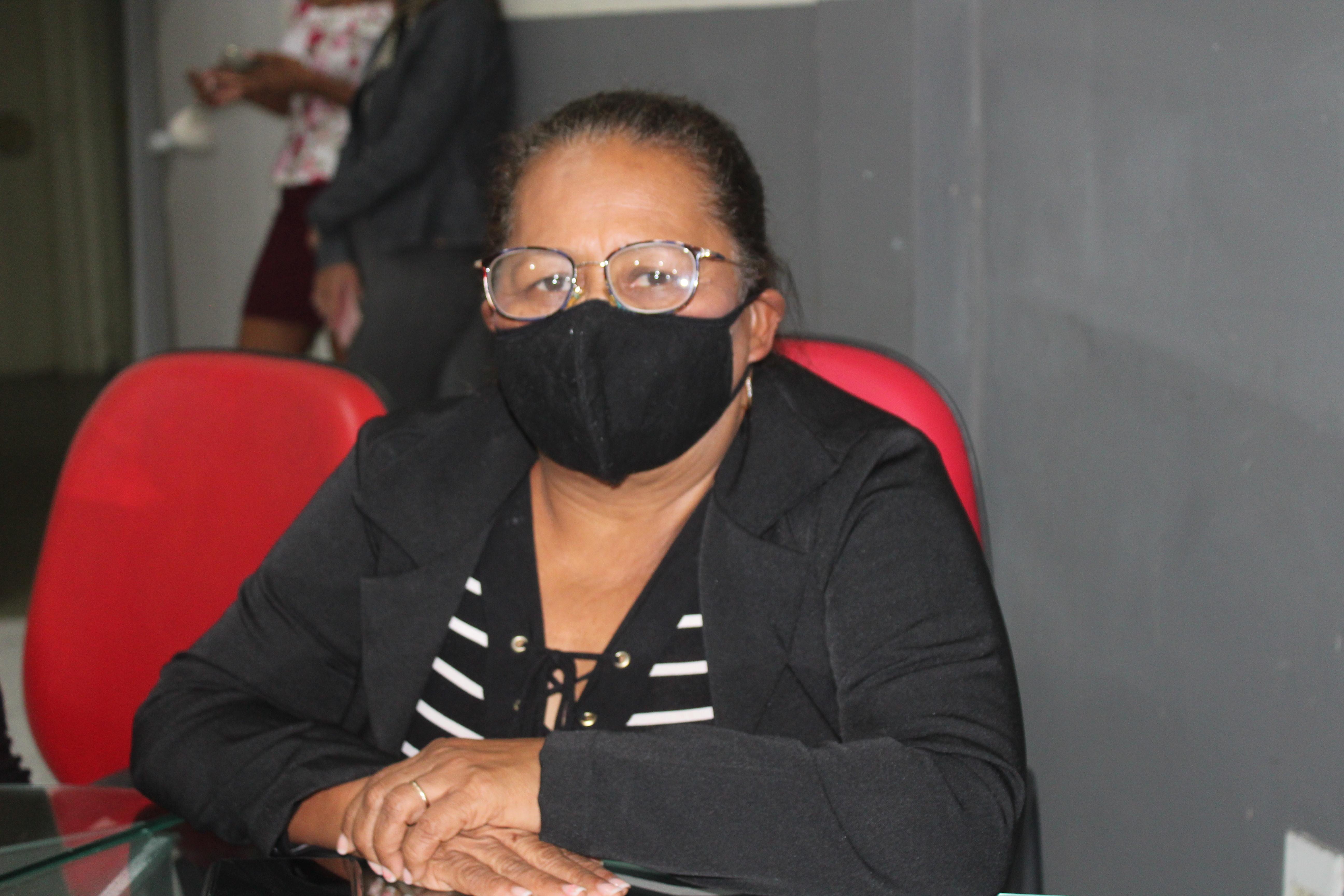 Vereadora Evalcy Rocha solicita criação de Secretaria Municipal de Segurança e Cidadania