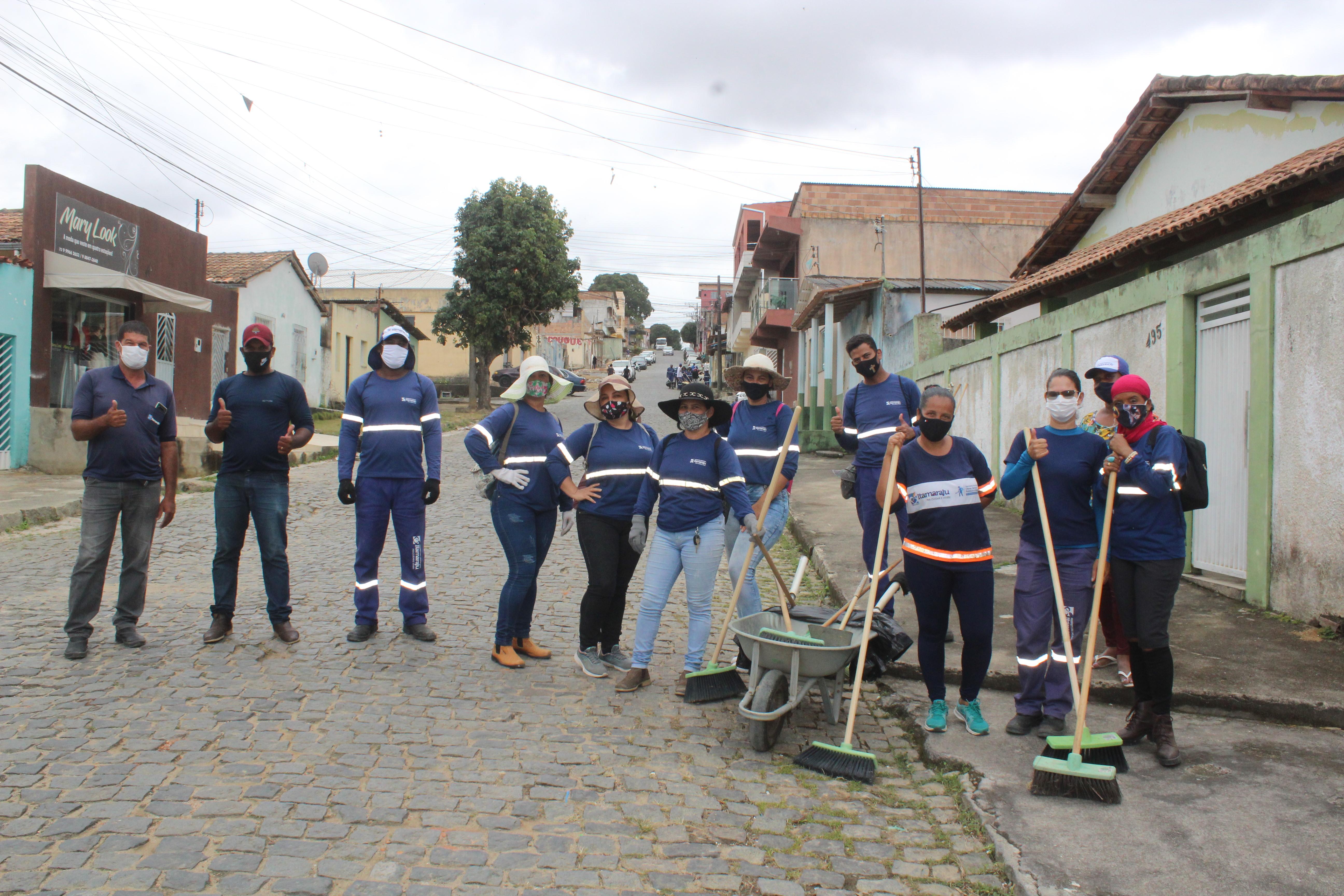 Secretaria de Obras de Itamaraju realiza com sucesso o Mutirão de Limpeza no Bairro de Fátima